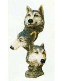 3 Wolfsköpfe als Statue