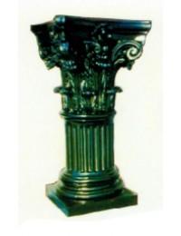 antike schwarze Säule