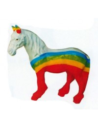 kleines Pferd mit Regenbogen Bemalung