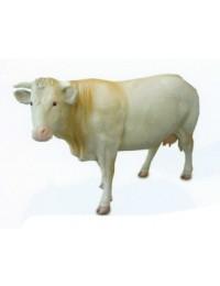 weiße lebensgroße Milchkuh mit Eutern