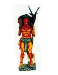 Indianer mit geschossenem Hirsch auf Schulter