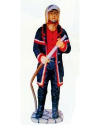 amerikanischer Feuerwehrmann mit Schlauch