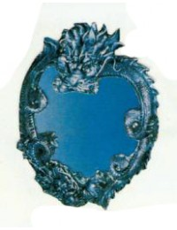 Drachenspiegel in Herzform