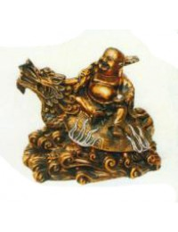 Buddhafigur reitet Drachen