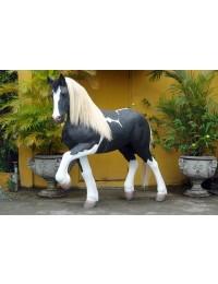 Piebald Pferd mit Echthaarmähne