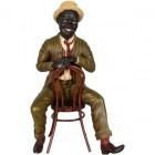 The Dandie Jazz Sänger auf Stuhl