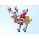 Rentier lustig mit Weihnachtsmann