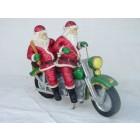 Weihnachtsmänner auf Harley