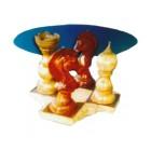 Glastisch mit Schachfiguren