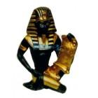 ägyptischer Schreiber mit goldenem Schriftstück