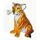kleiner sitzender Tiger