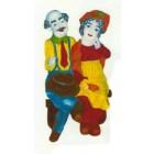modernes buntes älteres Paar sitzend auf Bank